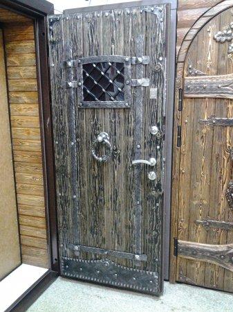 Заказать стальные двери в Зарайске