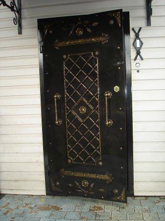 Под заказ входные двери в Истре