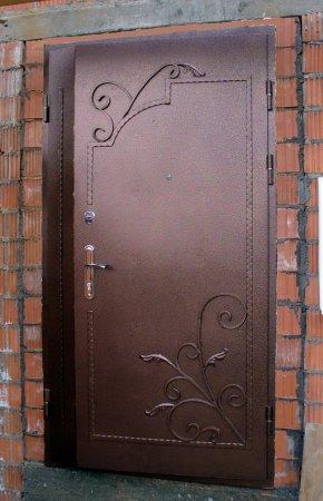 Заказать входные металлические двери в Талдоме