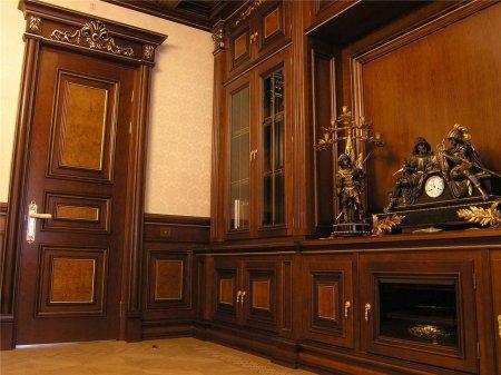 Деревянные двери входные и межкомнатные